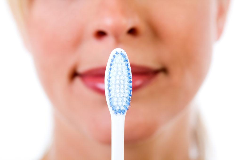 imagen cepillo dental primer plano